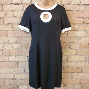 Nipon Boutique Black and White Sheath Dress